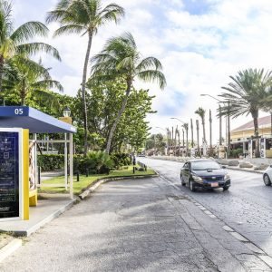 Left view of Hilton Aruba Caribbean Resort bus shelter